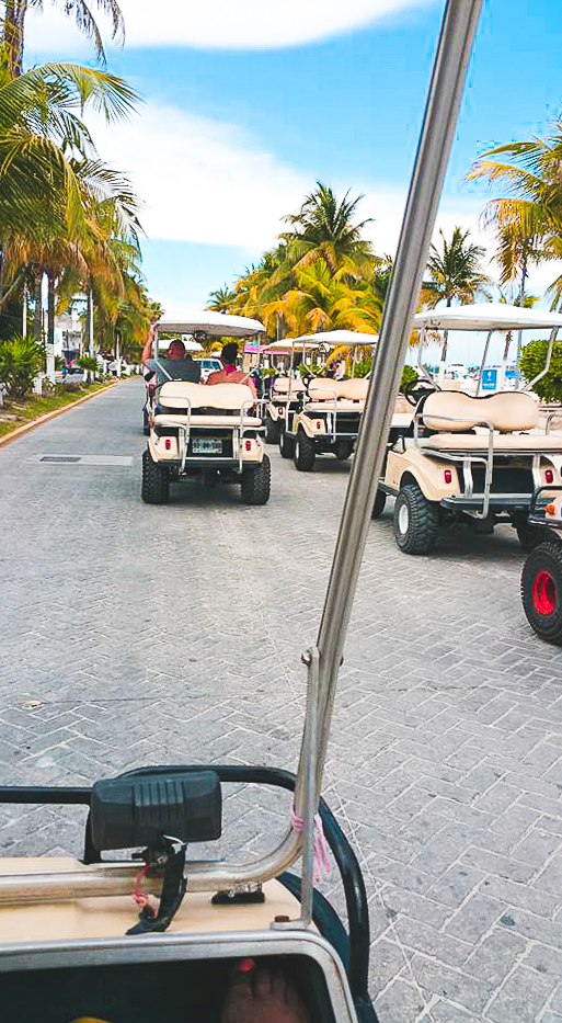 Golf Cart in Isla Mujeres